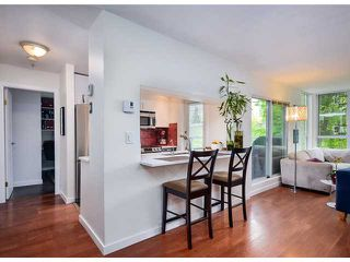 Photo 5: # 212 8460 JELLICOE ST in Vancouver: Fraserview VE Condo for sale (Vancouver East)  : MLS®# V1007846