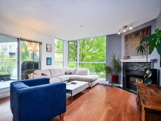 Photo 3: # 212 8460 JELLICOE ST in Vancouver: Fraserview VE Condo for sale (Vancouver East)  : MLS®# V1007846