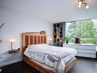 Photo 6: # 212 8460 JELLICOE ST in Vancouver: Fraserview VE Condo for sale (Vancouver East)  : MLS®# V1007846