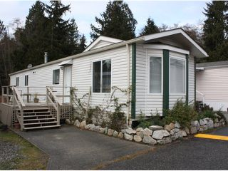 "Photo 1: 3 5575 MASON Road in Sechelt: Sechelt District Manufactured Home for sale in ""MASON"" (Sunshine Coast)  : MLS®# V1037646"