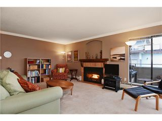 Photo 4: 306 1250 W 12TH Avenue in Vancouver: Fairview VW Condo for sale (Vancouver West)  : MLS®# V1042801