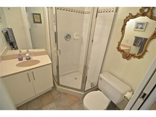 """Photo 13: 204 1688 CYPRESS Street in Vancouver: Kitsilano Condo for sale in """"Yorkville South"""" (Vancouver West)  : MLS®# V1054702"""