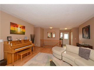 Photo 3: 22 WEST TERRACE Crescent: Cochrane Residential Detached Single Family for sale : MLS®# C3619464