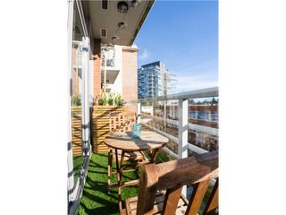 "Photo 6: 403 298 E 11TH Avenue in Vancouver: Mount Pleasant VE Condo for sale in ""SOPHIA"" (Vancouver East)  : MLS®# V1108043"