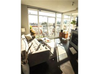 "Photo 2: 403 298 E 11TH Avenue in Vancouver: Mount Pleasant VE Condo for sale in ""SOPHIA"" (Vancouver East)  : MLS®# V1108043"