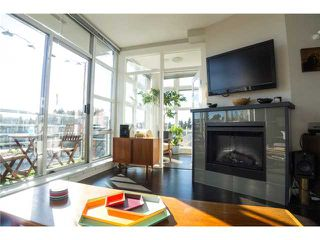 "Photo 3: 403 298 E 11TH Avenue in Vancouver: Mount Pleasant VE Condo for sale in ""SOPHIA"" (Vancouver East)  : MLS®# V1108043"