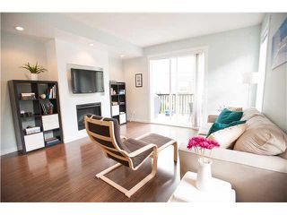 """Photo 6: 74 101 FRASER Street in Port Moody: Port Moody Centre Townhouse for sale in """"CORBEAU"""" : MLS®# V1116275"""