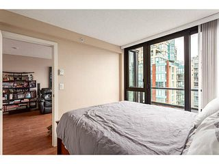 "Photo 12: 2902 928 HOMER Street in Vancouver: Yaletown Condo for sale in ""YALETOWN PARK"" (Vancouver West)  : MLS®# V1125187"