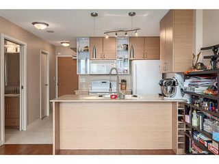 """Photo 8: 2902 928 HOMER Street in Vancouver: Yaletown Condo for sale in """"YALETOWN PARK"""" (Vancouver West)  : MLS®# V1125187"""