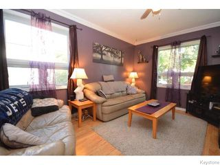 Photo 2: Ravelston Avenue East in Winnipeg: Residential for sale : MLS®# 1518707