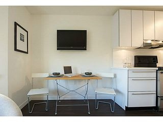 "Photo 3: 405 370 CARRALL Street in Vancouver: Downtown VE Condo for sale in ""21 DOORS"" (Vancouver East)  : MLS®# V1141894"
