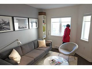 "Photo 7: 405 370 CARRALL Street in Vancouver: Downtown VE Condo for sale in ""21 DOORS"" (Vancouver East)  : MLS®# V1141894"
