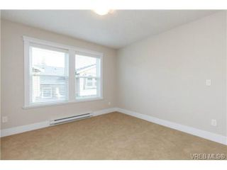 Photo 10: 106 990 Rattanwood Place in VICTORIA: La Happy Valley Townhouse for sale (Langford)  : MLS®# 355759
