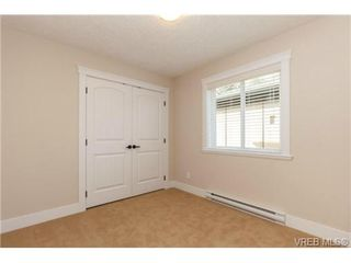 Photo 12: 106 990 Rattanwood Place in VICTORIA: La Happy Valley Townhouse for sale (Langford)  : MLS®# 355759