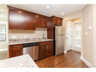 Photo 8: 106 990 Rattanwood Pl in VICTORIA: La Happy Valley Row/Townhouse for sale (Langford)  : MLS®# 711627