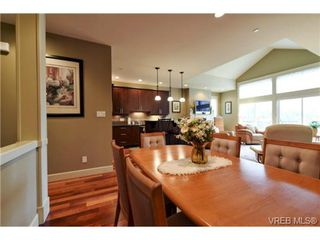 Photo 8: 7 551 Bezanton Way in VICTORIA: Co Latoria Row/Townhouse for sale (Colwood)  : MLS®# 717486