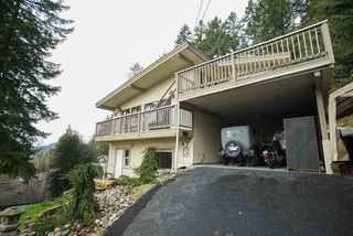 Photo 1: 26 DOWDING Road in Port Moody: North Shore Pt Moody House for sale : MLS®# R2031900