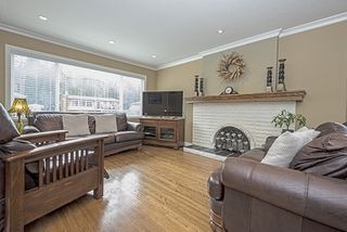 Photo 4: 682 WILMOT Street in Coquitlam: Central Coquitlam House for sale : MLS®# R2062598