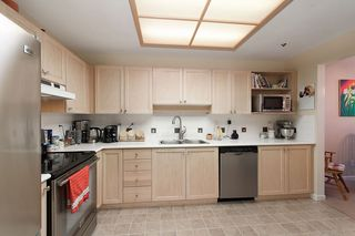 "Photo 15: 208 19121 FORD Road in Pitt Meadows: Central Meadows Condo for sale in ""EDGEFORD MANOR"" : MLS®# R2075500"