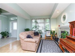 Photo 4: 1730 Graff Pl in SHAWNIGAN LAKE: ML Shawnigan House for sale (Malahat & Area)  : MLS®# 735094