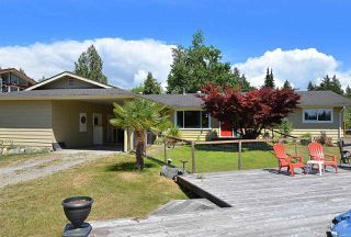 Photo 2: 5688 MASON Road in Sechelt: Sechelt District House for sale (Sunshine Coast)  : MLS®# R2085291