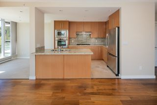"Photo 9: 205 2688 WEST Mall in Vancouver: University VW Condo for sale in ""PROMONTORY"" (Vancouver West)  : MLS®# R2095539"
