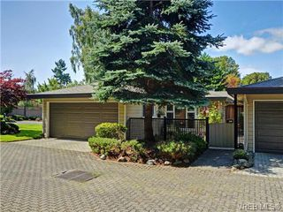 Photo 17: 918 2829 Arbutus Rd in VICTORIA: SE Ten Mile Point Row/Townhouse for sale (Saanich East)  : MLS®# 739157