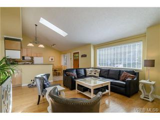 Photo 2: 917 Hudson Street in VICTORIA: VW Victoria West Strata Duplex Unit for sale (Victoria West)  : MLS®# 369361