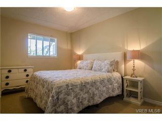 Photo 5: 917 Hudson St in VICTORIA: VW Victoria West Half Duplex for sale (Victoria West)  : MLS®# 740821