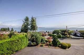 Photo 17: 13161 MARINE Drive in Surrey: Crescent Bch Ocean Pk. House for sale (South Surrey White Rock)  : MLS®# R2111207