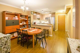 "Photo 4: 213 3082 DAYANEE SPRINGS Boulevard in Coquitlam: Westwood Plateau Condo for sale in ""LANTERNS"" : MLS®# R2127277"