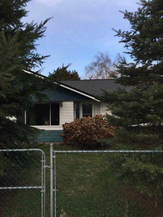 Photo 1: 5137 44 Avenue in Delta: Ladner Elementary House for sale (Ladner)  : MLS®# R2131888