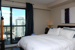 "Photo 9: 904 1515 EASTERN Avenue in North Vancouver: Central Lonsdale Condo for sale in ""EASTERN HOUSE"" : MLS®# R2150623"