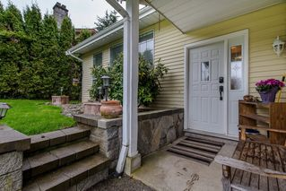Photo 3: 2981 264A Street in Langley: Aldergrove Langley House for sale : MLS®# R2156040