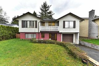 Photo 1: 9285 MONKLAND Place in Surrey: Bear Creek Green Timbers House for sale : MLS®# R2156937