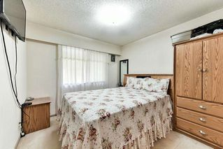 Photo 13: 9285 MONKLAND Place in Surrey: Bear Creek Green Timbers House for sale : MLS®# R2156937