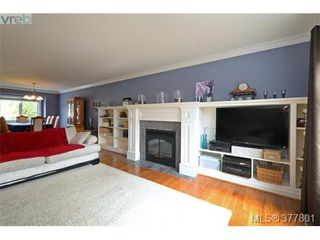 Photo 3: 4420 Torrington Rd in VICTORIA: SE Gordon Head Single Family Detached for sale (Saanich East)  : MLS®# 758594