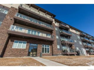 Photo 1: 207 706 Hart Road in Saskatoon: Blairemore S.C. Residential for sale : MLS®# SK611964