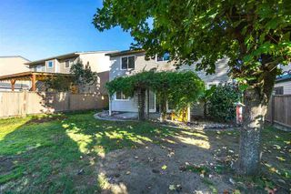 Photo 19: 2218 WILLOUGHBY Way in Langley: Home for sale : MLS®# R2112941