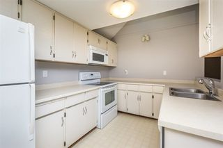 Photo 7: 2218 WILLOUGHBY Way in Langley: Home for sale : MLS®# R2112941
