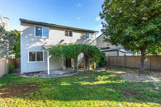 Photo 12: 2218 WILLOUGHBY Way in Langley: Home for sale : MLS®# R2112941