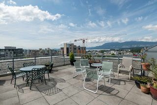 "Photo 10: 1102 1570 W 7TH Avenue in Vancouver: Fairview VW Condo for sale in ""Terraces"" (Vancouver West)  : MLS®# R2174265"