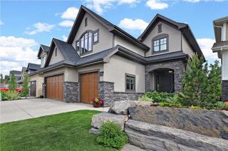 Photo 1: 13 WEST GROVE Point(e) SW in Calgary: West Springs House for sale : MLS®# C4123128