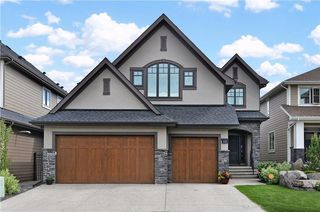 Photo 2: 13 WEST GROVE Point(e) SW in Calgary: West Springs House for sale : MLS®# C4123128