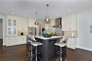 Photo 11: 13 WEST GROVE Point(e) SW in Calgary: West Springs House for sale : MLS®# C4123128