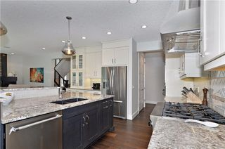 Photo 10: 13 WEST GROVE Point(e) SW in Calgary: West Springs House for sale : MLS®# C4123128
