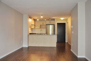 "Photo 9: 415 3156 DAYANEE SPRINGS Boulevard in Coquitlam: Westwood Plateau Condo for sale in ""TAMARACK"" : MLS®# R2193860"