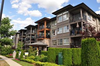 "Photo 15: 415 3156 DAYANEE SPRINGS Boulevard in Coquitlam: Westwood Plateau Condo for sale in ""TAMARACK"" : MLS®# R2193860"