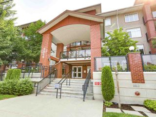 Photo 17: 103 5516 198 Street in Langley: Langley City Condo for sale : MLS®# R2194911