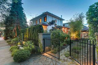 Photo 2: 1909 PARKER Street in Vancouver: Grandview VE House for sale (Vancouver East)  : MLS®# R2207383